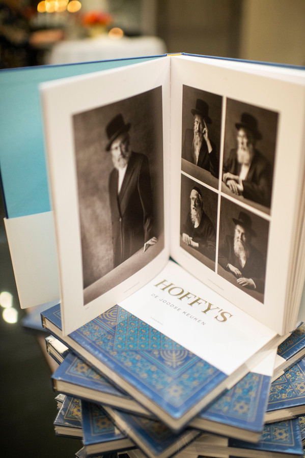 Het nieuwe Joodse kookboek 'Hoffy's'.