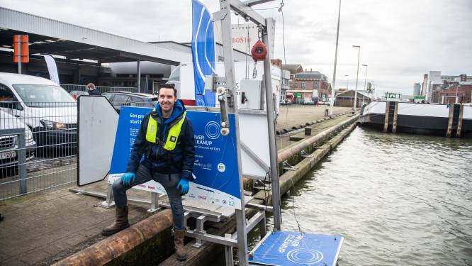 "'River Skimmer' zuigt afval uit Oostkaaidok op: ""500 liter water per minuut gezuiverd"""