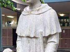 Directie katholieke school laat suggestief heiligenbeeld afdekken