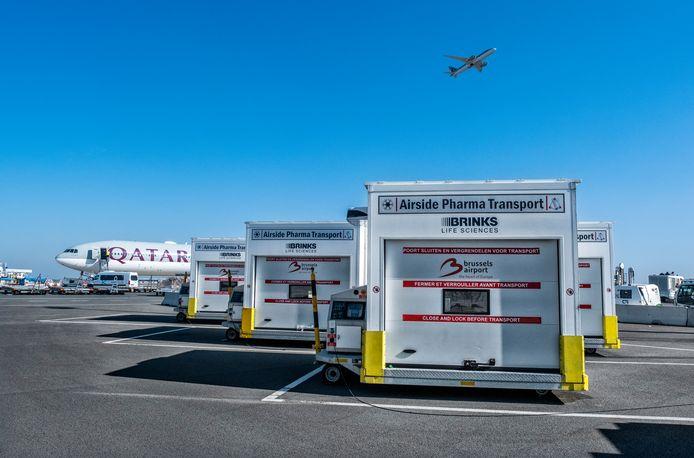 Brussels Airport is de eerste luchthaven die eigen mobiele frigo's heeft ontwikkeld om de gevoelige vracht over het tarmac naar de vliegtuigen te brengen.