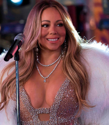Kitscherig en camp kerstfeestje gaat Mariah Carey prima af in Ziggo Dome