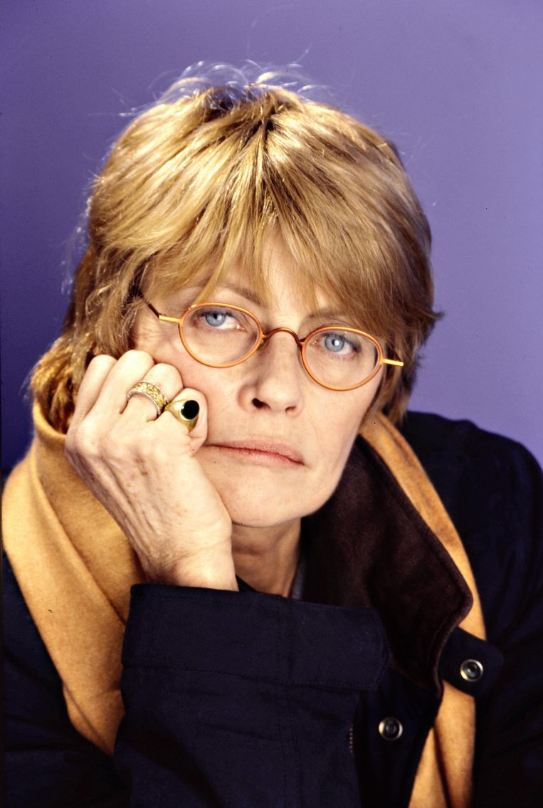 Claire Bretécher in Parijs, in 1998. Beeld null