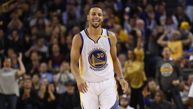 Stephen Curry's reactie nadat hij een driepunter heeft gescoord tegen de New Orleans Pelicans, 7 november 2016. Beeld afp