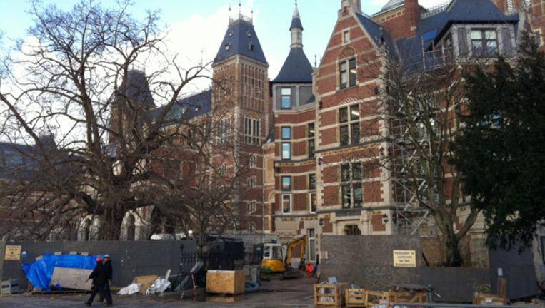 Het Rijksmuseum aan de kant van het Museumplein. © Redactie Beeld