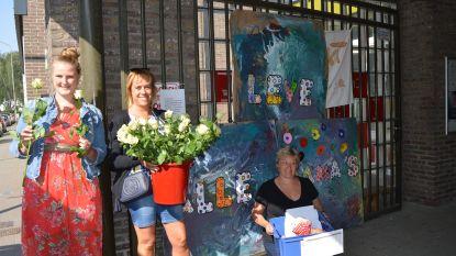 Duizendvoet verwent mama's met rozen aan huis