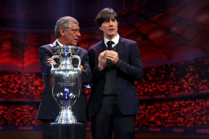 Fernando Santos met Joachim Löw.