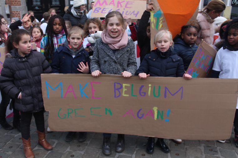 De jongeren van de klimaatmars palmden de volledige Grote Markt in.