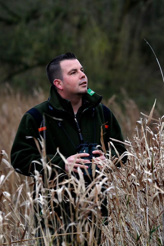 Boswachter Thomas van der Es in de Noordwaard.