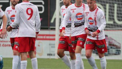 """Paul Devliegere kijkt met vertrouwen uit naar competitiestart van promovendus SV Oostkamp: """"Deze keer blijven we er zeker in"""""""