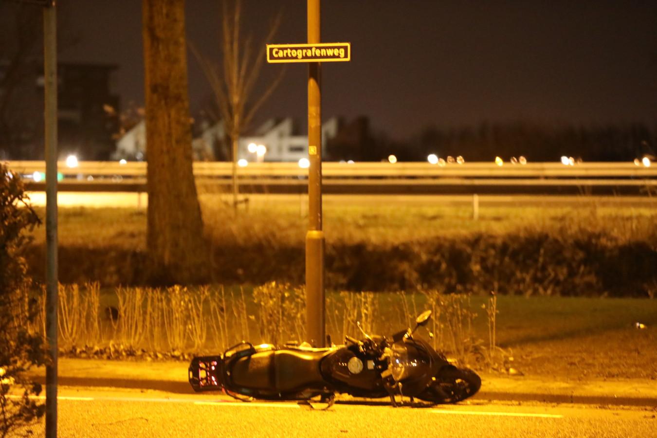 De man kwam omstreeks 01.30 uur ten val.