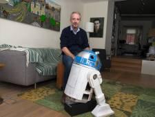 Bram (51) tovert prullenbak om tot levensechte Star Wars-robot: 'Dit is een droom die uitkomt'
