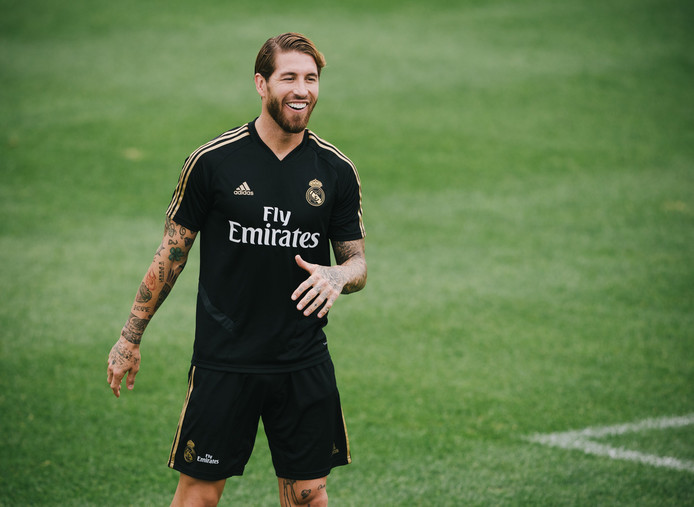 Sergio Ramos op de training van Real Madrid in Montreal.