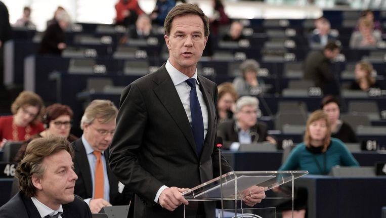 Premier Rutte spreekt in Straatsburg in het Europees Parlement. Beeld AFP