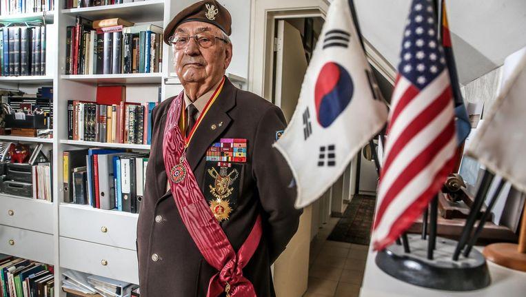 Raymond Behr (84) was één van de ruim 3.000 Belgische soldaten die tussen 1950 en 1953 in Korea het communistische China en zijn Koreaanse aanhangers gingen bestrijden.