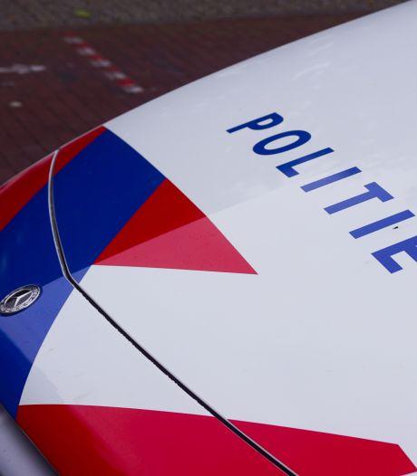 Fietser (17) uit het niets met vuurwapen bedreigd in IJsselstein, politie zoekt daders