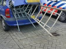 Dieven aangehouden in Aarle-Rixtel met gestolen waar in hun auto