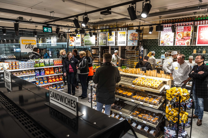 Jumbo City op station Eindhoven
