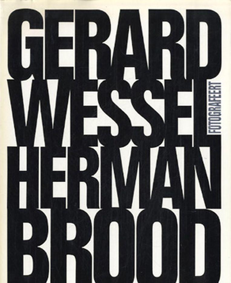 Foto's zijn afkomstig uit het boek Gerard Wessel fotografeert Herman Brood. Dit boek, oorsponkelijk uit 1990, is aangevuld met niet eerder gepubliceerde foto's en onlangs herdrukt. Te koop (€ 28,90) via: gerardwessel.nl Beeld .