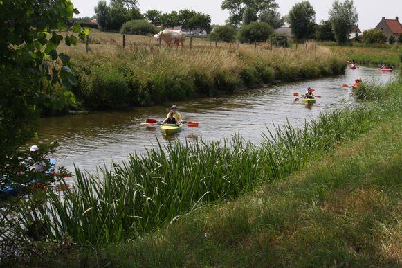 Zo mooi kan de Westhoek zijn: ook plezier op de waterlopen