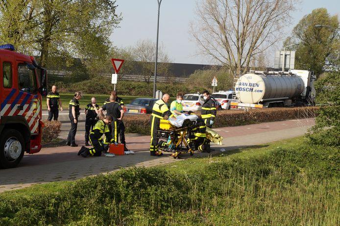 Op de rotonde aan de Taxandriaweg is een fietser aangereden.