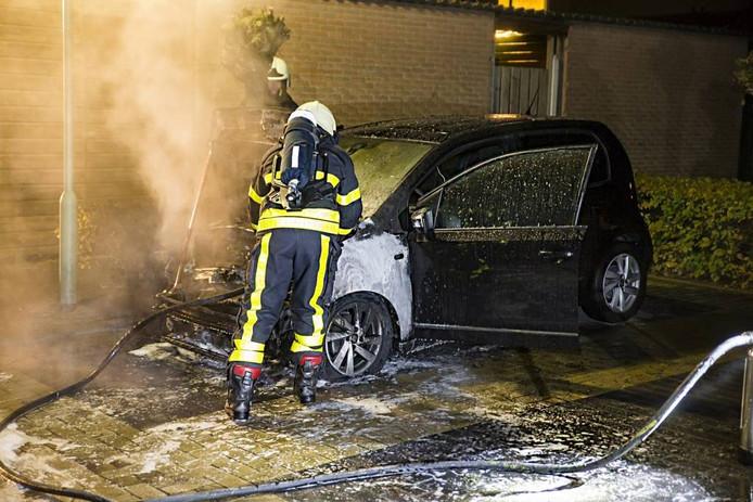 Hank en Dongen hebben sinds vorig jaar last van autobranden. In 2012 kende Dorst ook een serie brandjes. foto archief BN DeStem