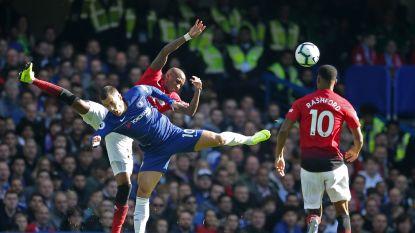 LIVE. Hazard dribbelt knap en lokt vrijschop uit, maar Willian schiet de bal in de tribune