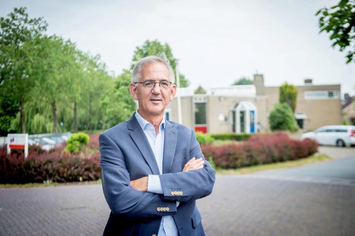 Marius Peters uit Sint Anthonis voerde twee weken gesprekken met alle betrokken partijen over problemen rond gemeenschapshuis Oelbroeck.