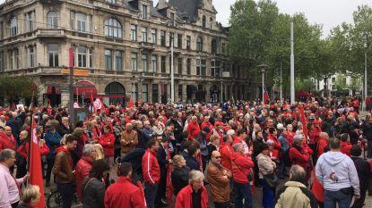 PVDA is Di Rupo nog niet vergeten, Sp.a geeft regering Michel veeg uit de pan op Dag van de Arbeid