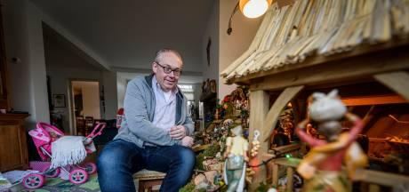 Jan Riesewijk  bouwt al veertig jaar kerststallen:  'Ik hou van vol'