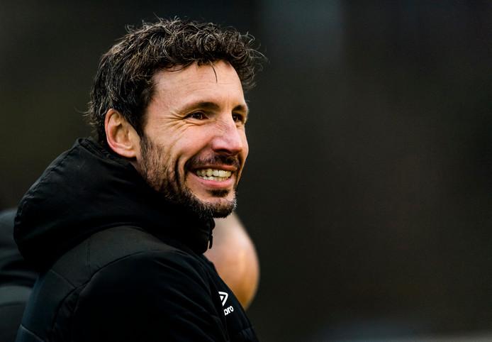 Mark van Bommel als coach van PSV onder 19.