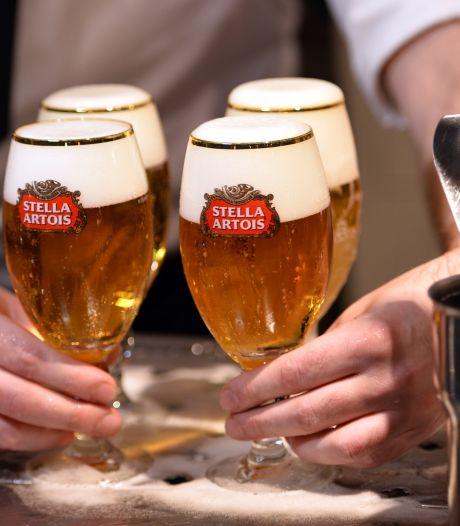 """Il laisse un pourboire faramineux pour une bière: """"On se verra quand vous rouvrirez"""""""