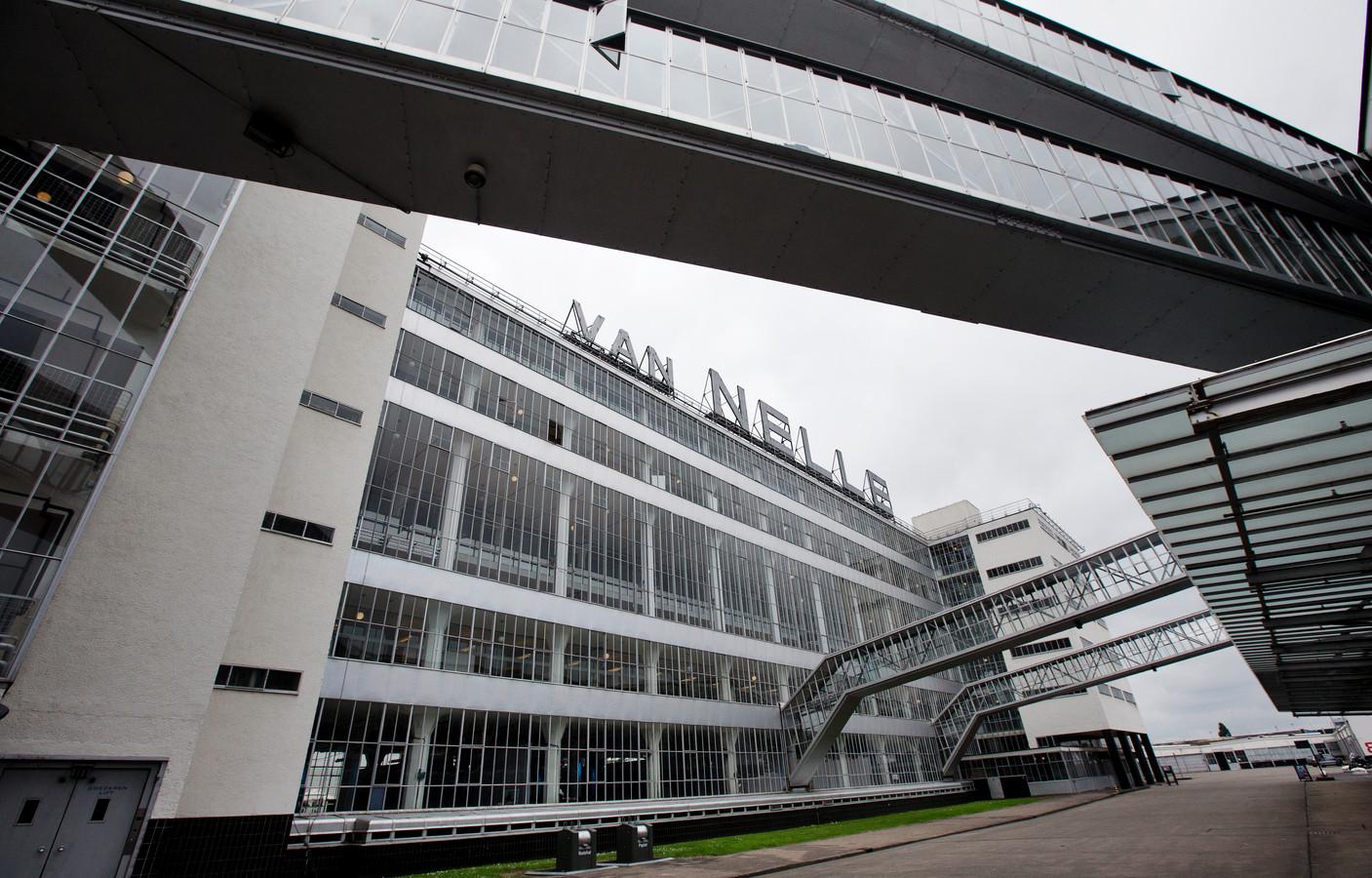 De stichting Werelderfgoed Van Nellefabriek eist 'onmiddellijke toegang' tot het beroemde pand.