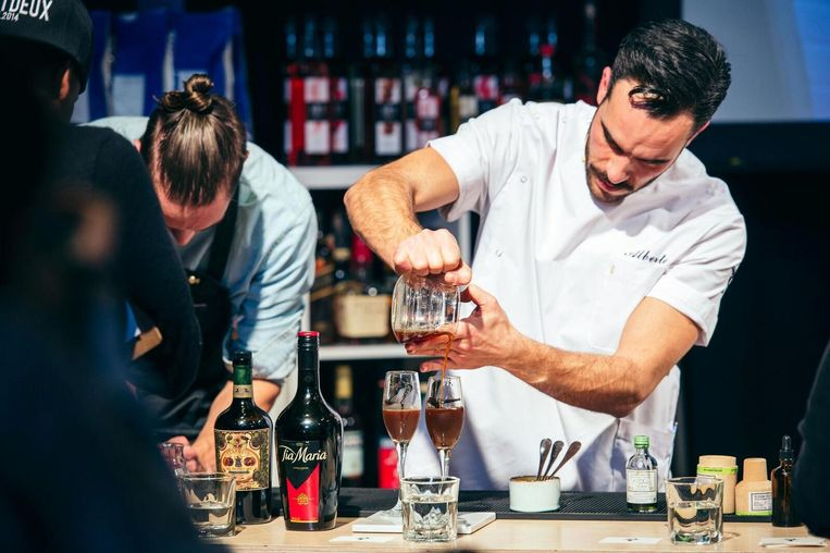 De espresso martini party in de Westergas Beeld Amsterdam Coffee Festival