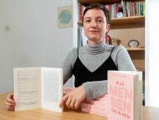 Lisa schreef een geprezen boek dat wel wat weg heeft van een telefoonboek