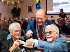 Gouden bruidsparen op de high tea bij burgemeester De Ronde Venen