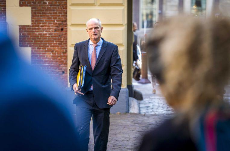 Stef Blok komt aan op het Binnenhof voor de wekelijkse ministerraad.  Beeld ANP
