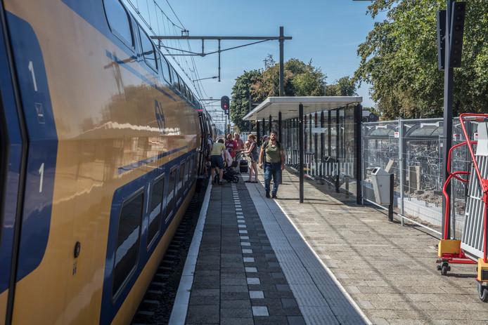 Intercity op het station van Deurne.
