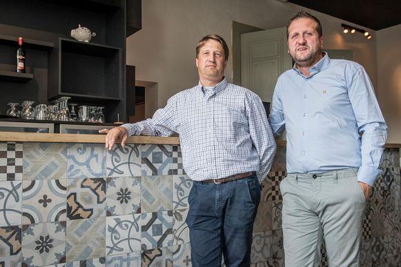 Yves en Wim in hun nieuwe restaurant in de Gasstraat.
