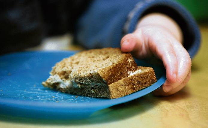 Geen ongezond broodbeleg meer op de opvang.