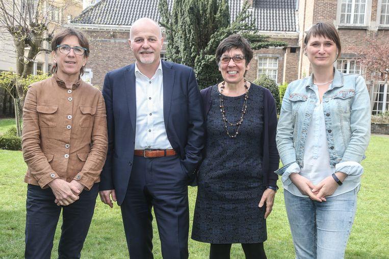 Gedeputeerden Riet Gillis (Groen), Kurt Moens (N-VA), Annemie Charlier (N-VA) en Leentje Grillaert (CD&V) stelden hun bestuursnota voor in het Provinciehuis.