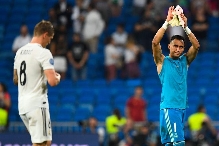 Keylor Navas dankt Bernabéu voor de steun.