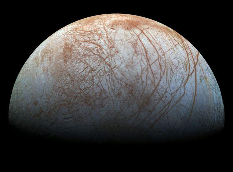 Jupitermaan Europa.  Beeld EPA