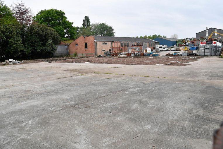 Op deze locatie heeft de gemeente een vergunning toegekend voor de bouw van een garage.