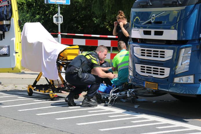 Een meisje raakte bij de aanrijding gewond.