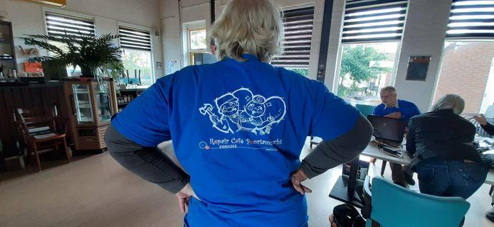Marjan van Leeuwen van Repair Café Zierikzee