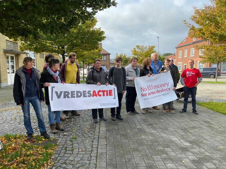 De betoging van Vredesactie Brugge in Zeebrugge, tegen de ontscheping van de Amerikaanse luchtbrigade.