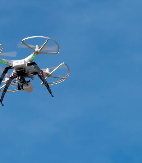 Huurhuizen met drone geïnspecteerd