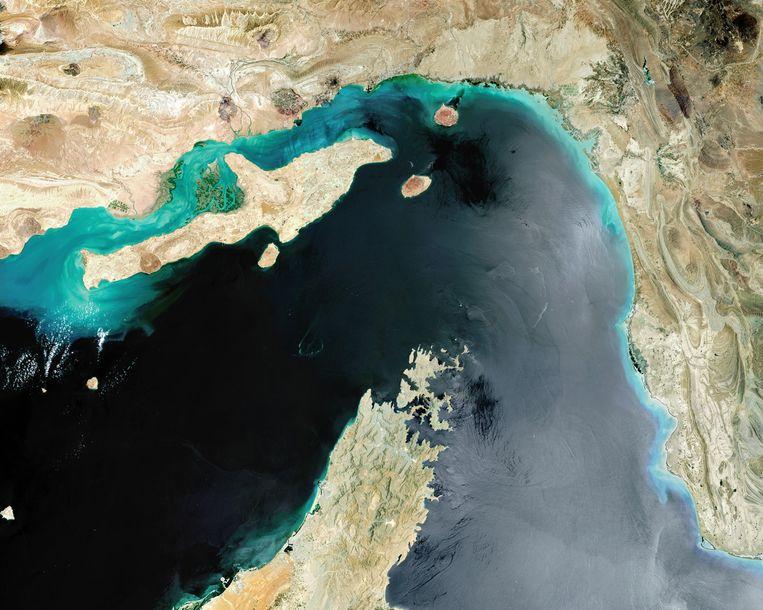 Satellietfoto van de Straat van Hormuz. Beeld Getty Images