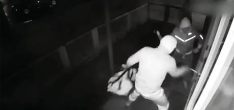 Warnsvelder (27) opgepakt in serie overvallen op oudijzerhandelaren