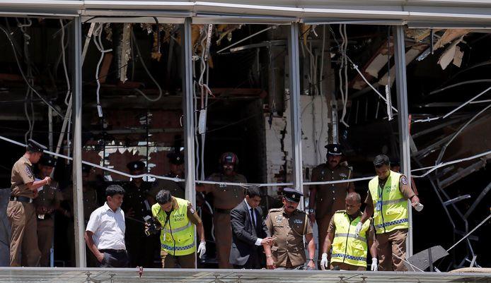 Gtote ravage na de explosie in een van de hotels in de hoofdstad Colombo.